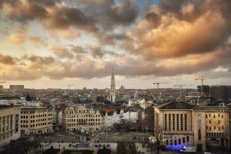 Vue du Mont des Arts de Bruxelles comprenant la Bibliothèque royale et les Archives générales du Royaume